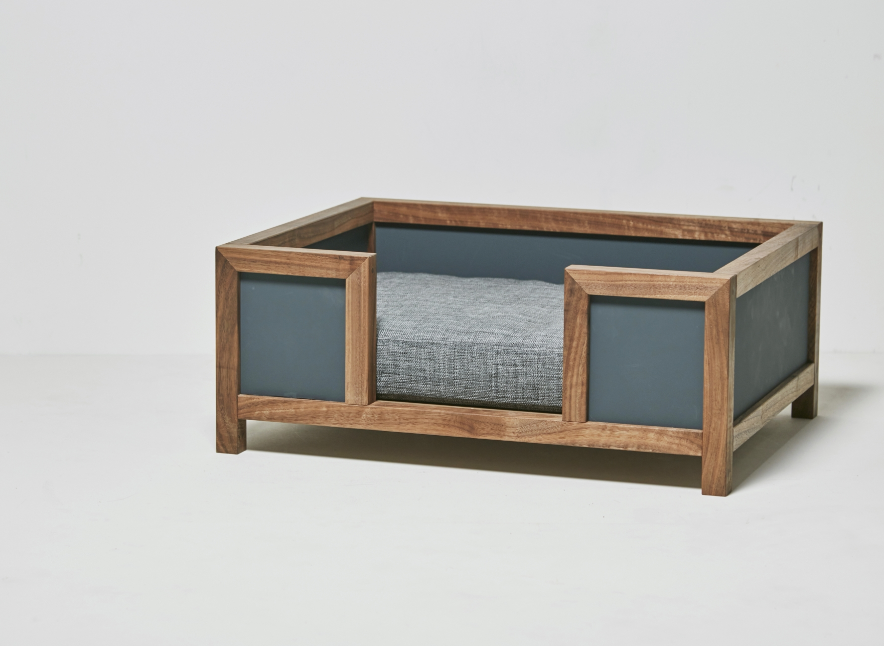 GOTHAM / pet bed